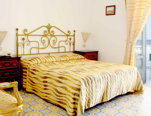 Arredo_Interno_Hotel_La_Scogliera (9)